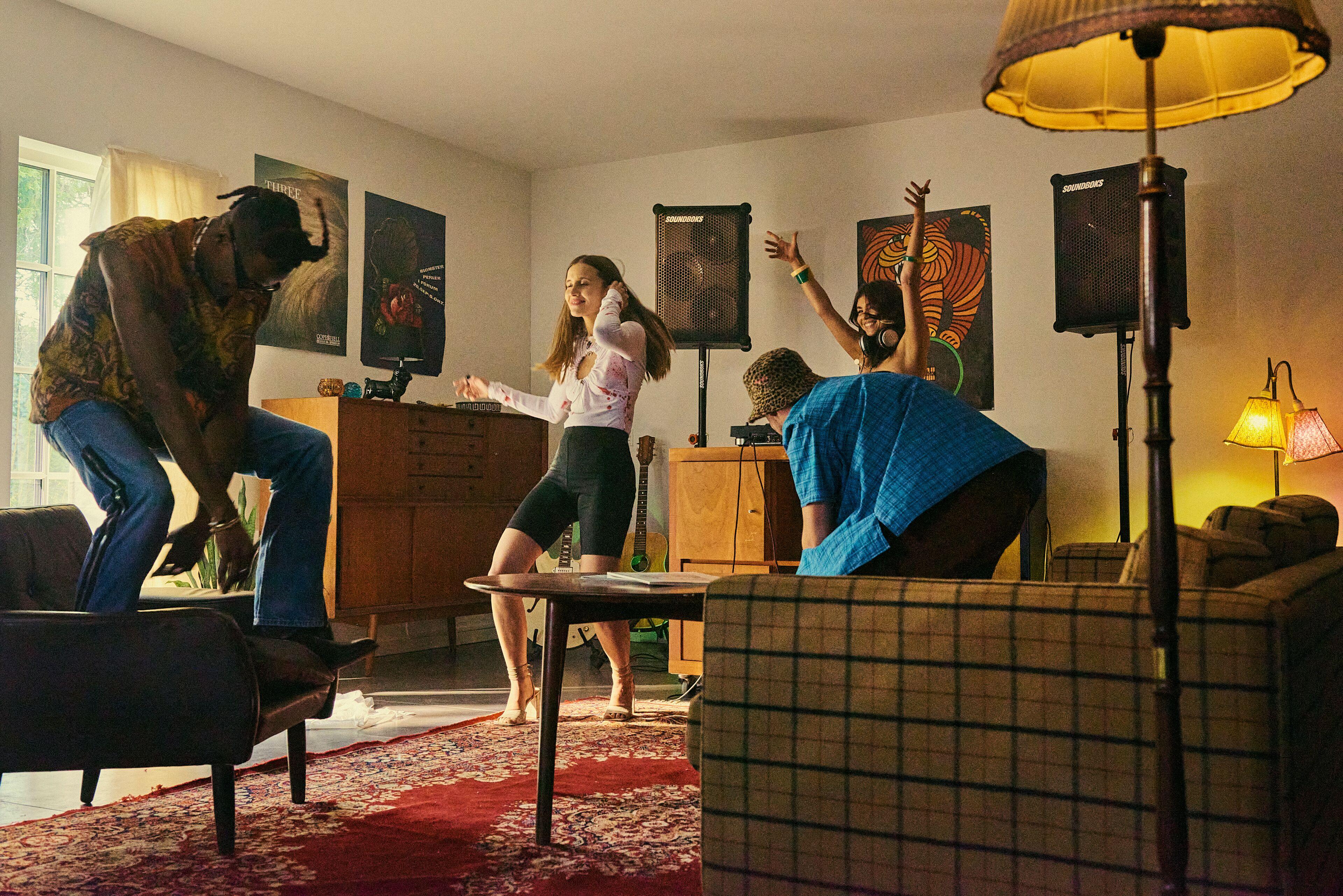 SOUNDBOKS in an indoor party environment