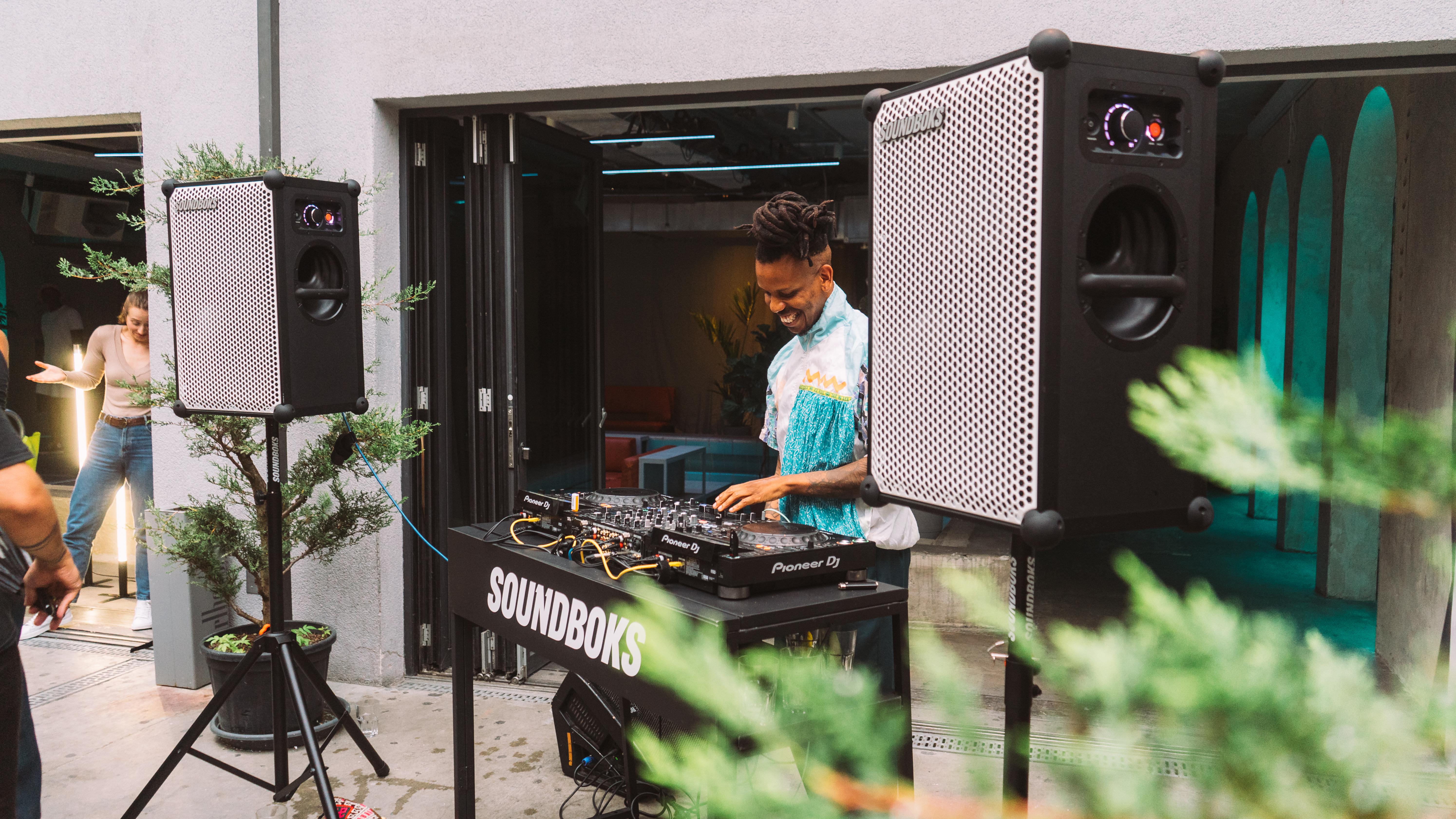 Floyd DJing with SOUNDBOKS