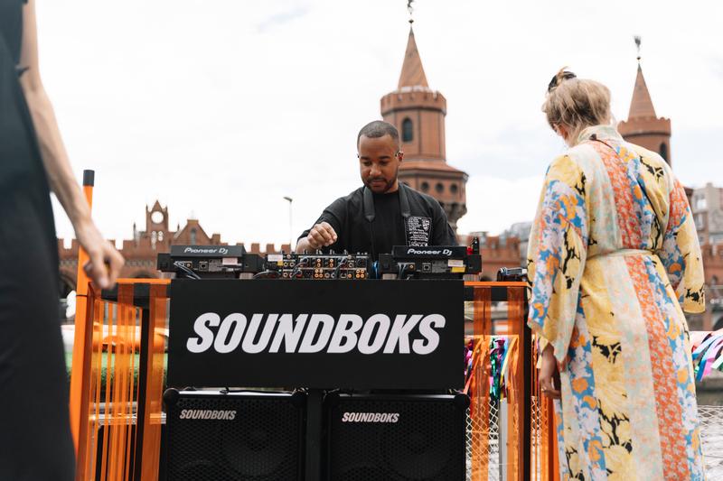 SOUNDBOKS DJ setup