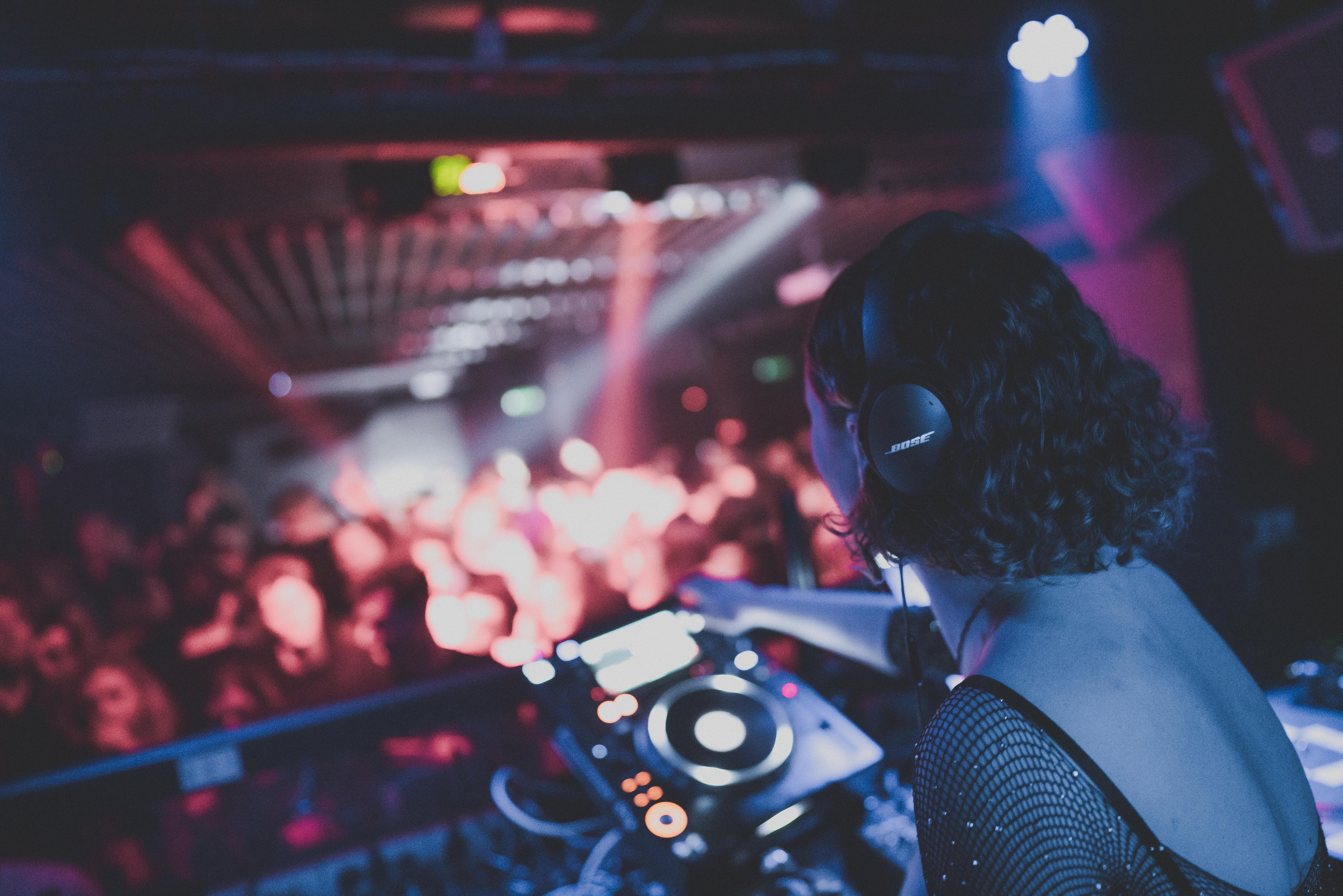 Female DJ with a SOUNDBOKS