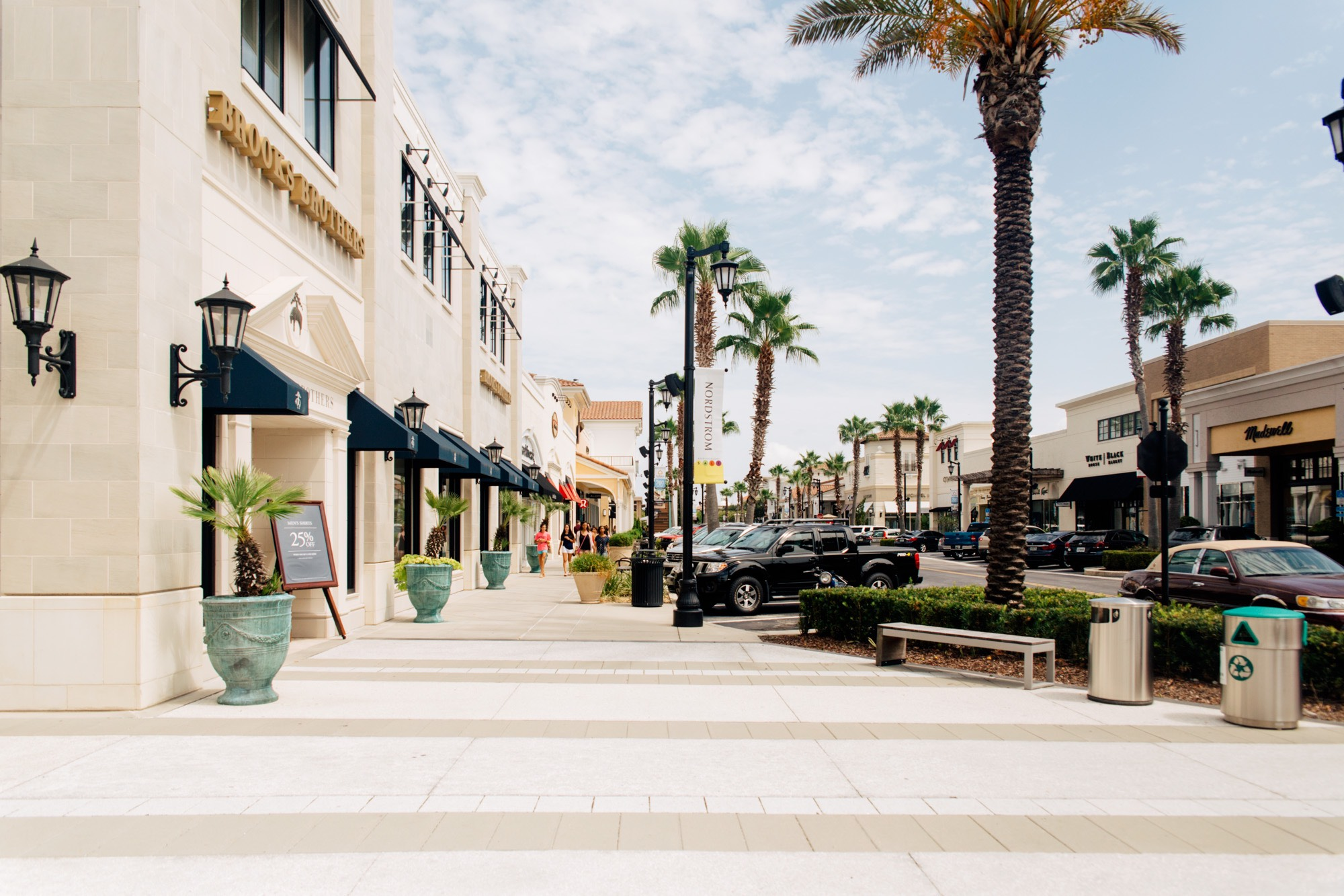 Image of How to Eat Locally at the St. Johns Town Center in Jacksonville