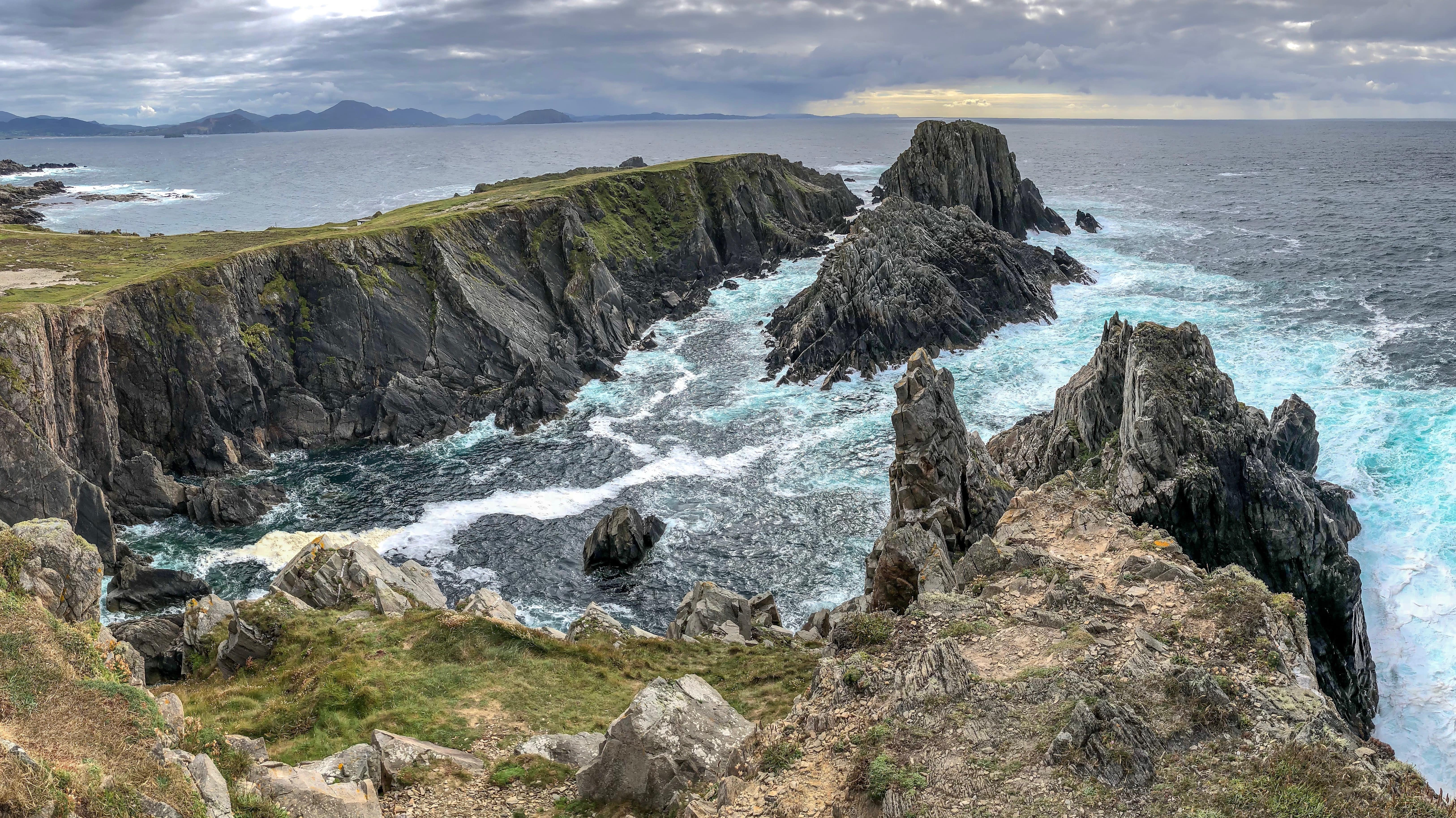 Seeing the northern lights at Malin Head is an amazing thing to do in Donegal ireland