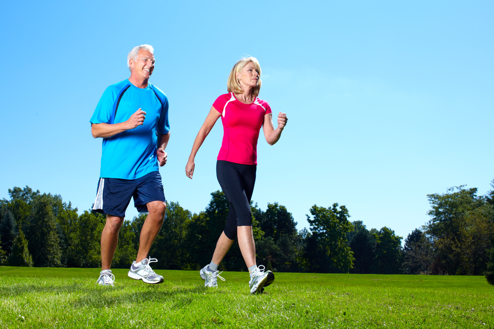 how to avoid running injuries by walking safely
