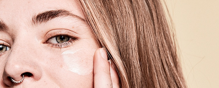 Does Tretinoin Lighten Your Skin?