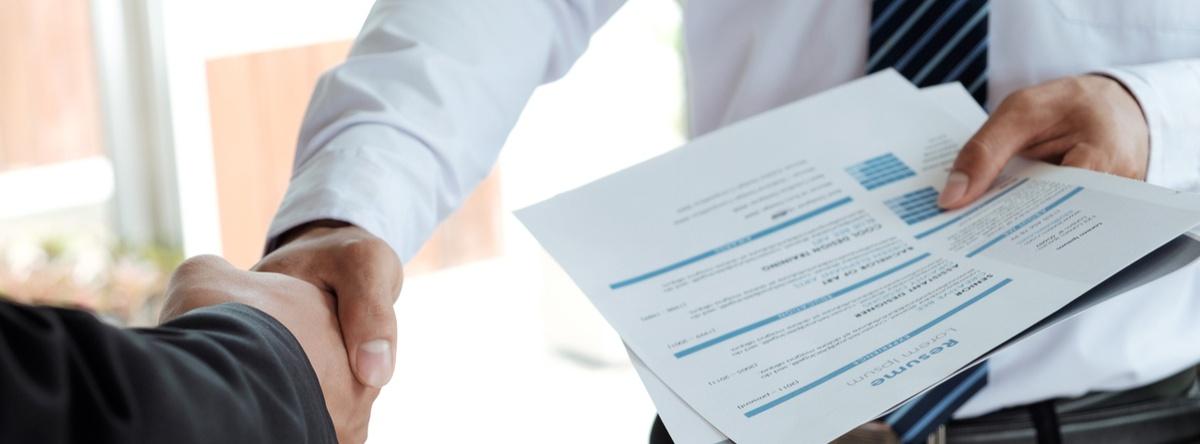 Descubre los trámites en Puebla que debes realizar para lograr el cambio de propietario de tu auto y así mantenerte al día con tus documentos.