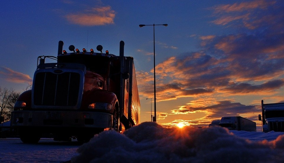 4 Truckers Reveal Their Craziest Rest Stop Stories