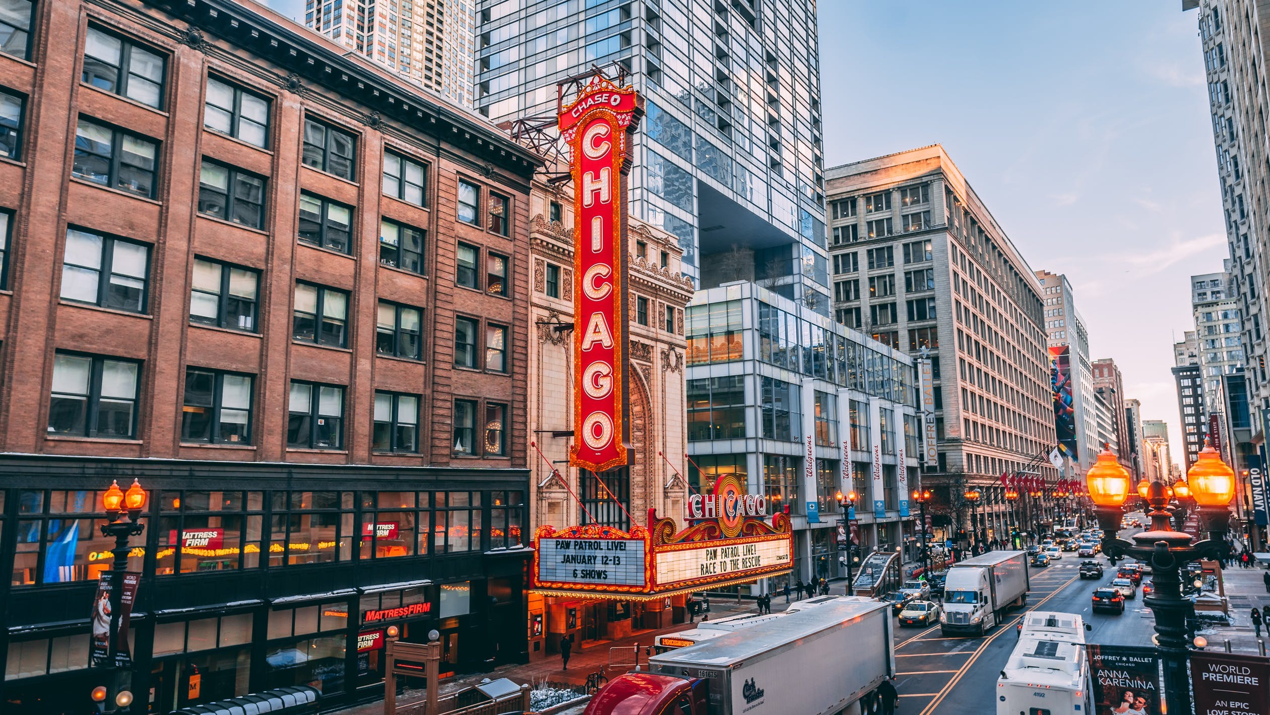 Image of The 6 Best Suburbs in Chicago for Car-Free Living