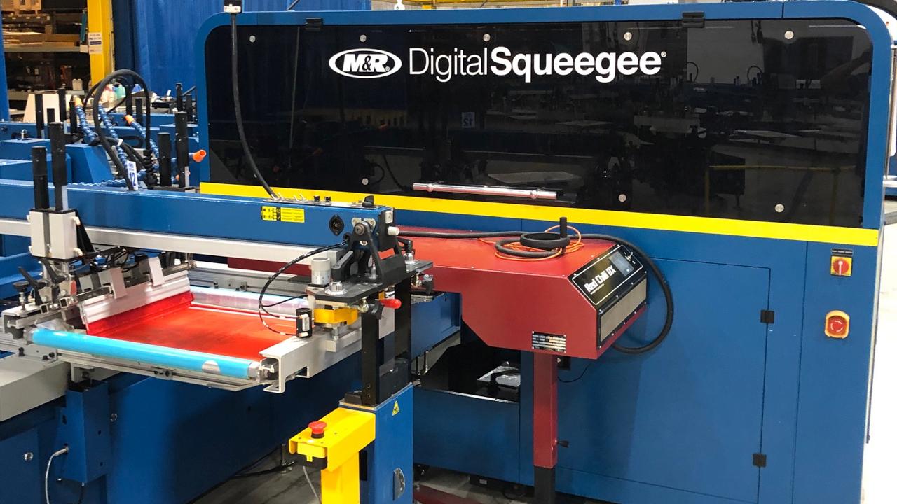 M&R's DS-4000 Digital Squeegee