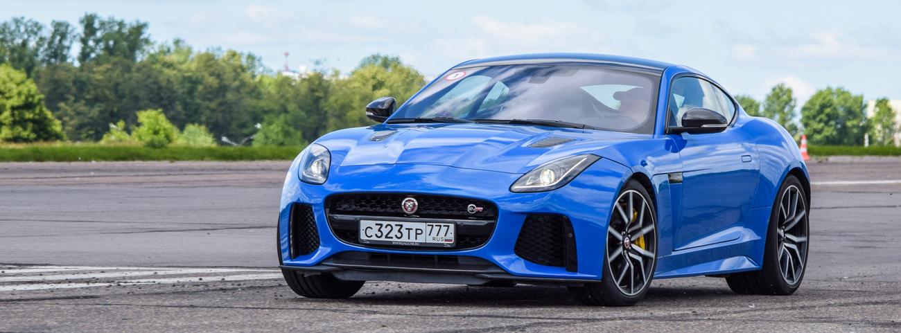 Jaguar-F-Type-Fuerte-agresivo-y-tecnología-de-alta-gama