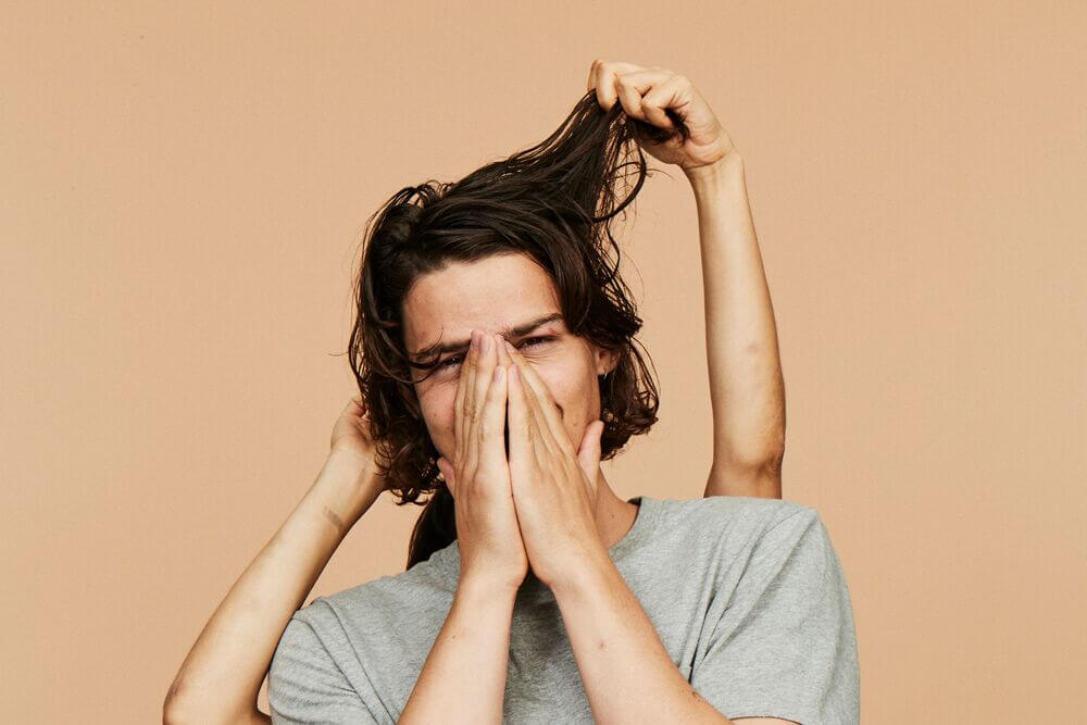 What is DHT and How does it Cause Hair Loss in Men?