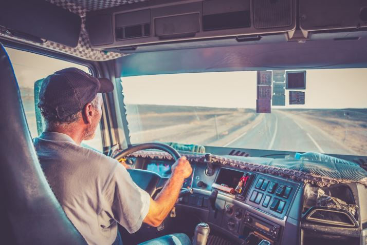 Truckers Share What They Dread Happening While They are Behind the Wheel