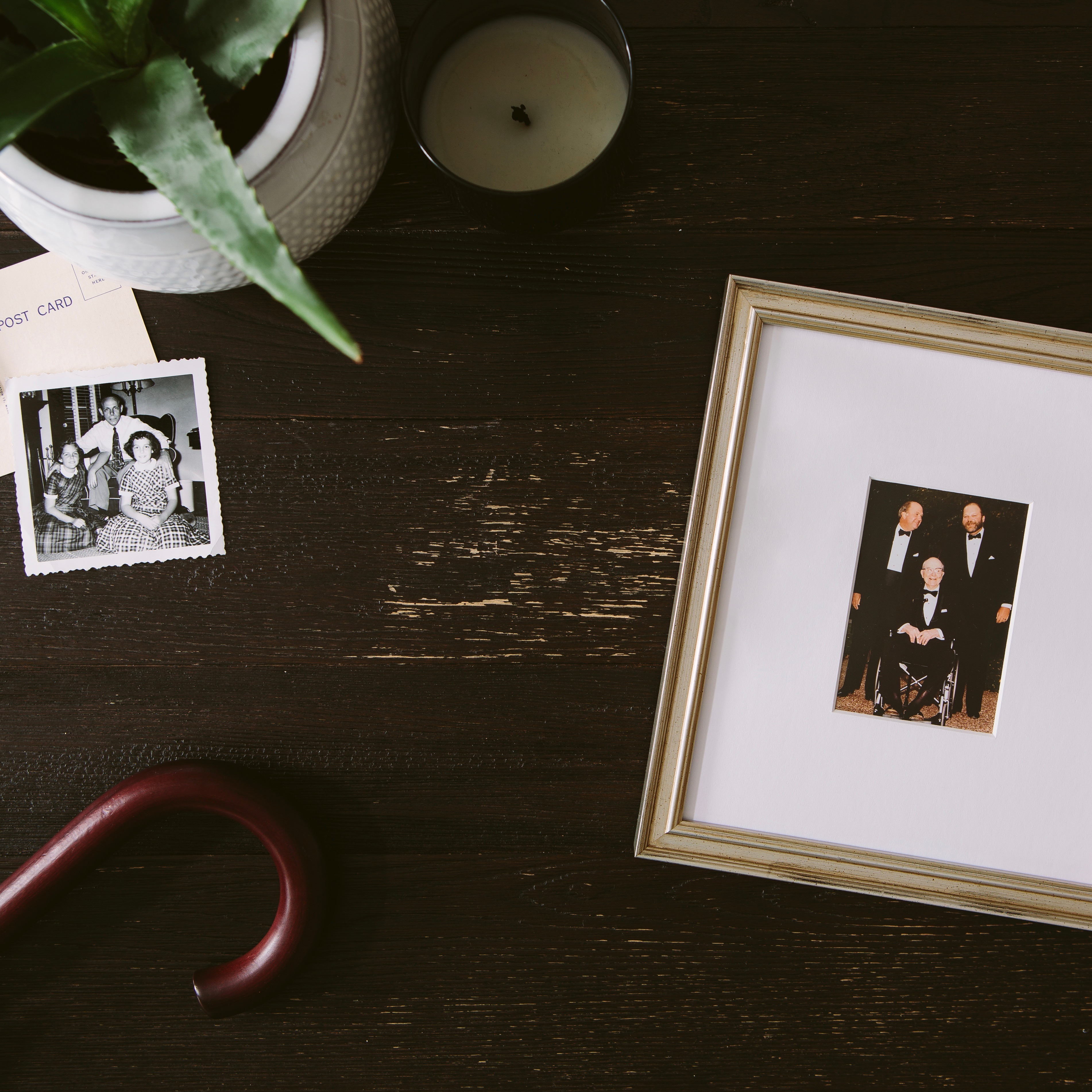 5 Dad Photos Everyone Has And How To Frame Them