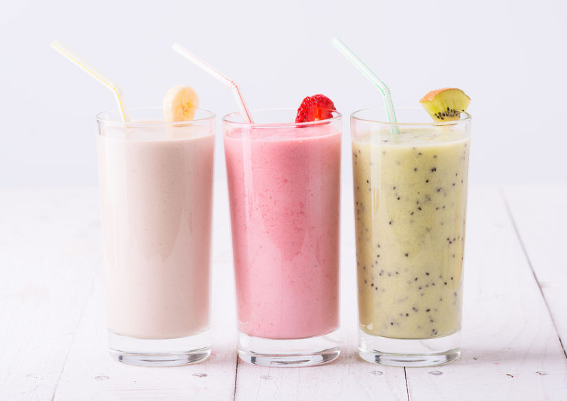 fruit and yogurt smoothie nutrients