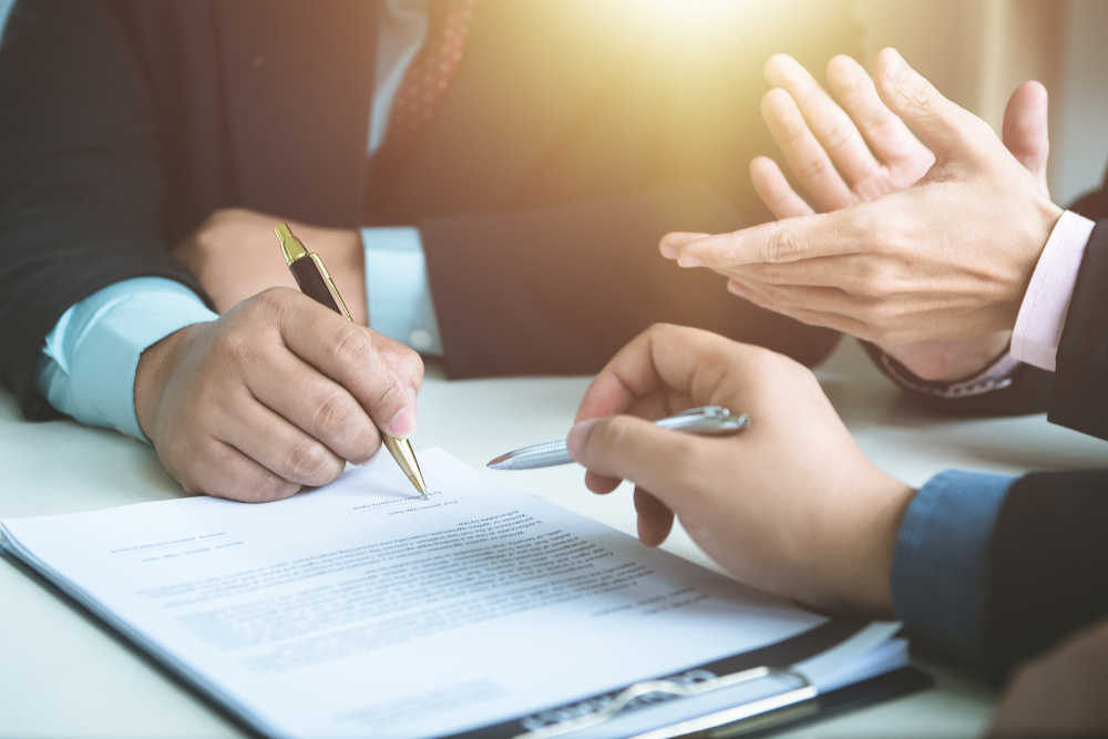Let's get contractual: English courts provide clarity and