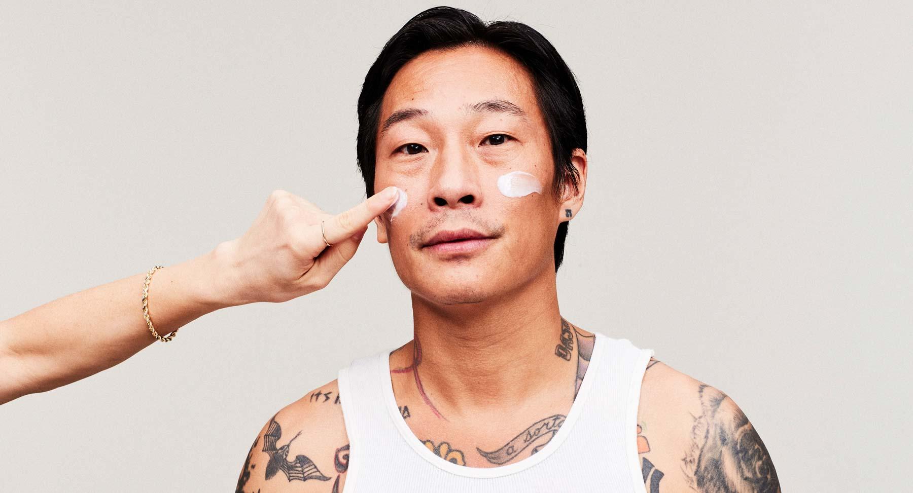 Protecting Your Skin From Sunlight When Using Tretinoin & Retinol