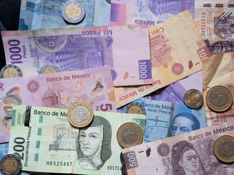Money in Mexico City: Tipping, ATMs, and More