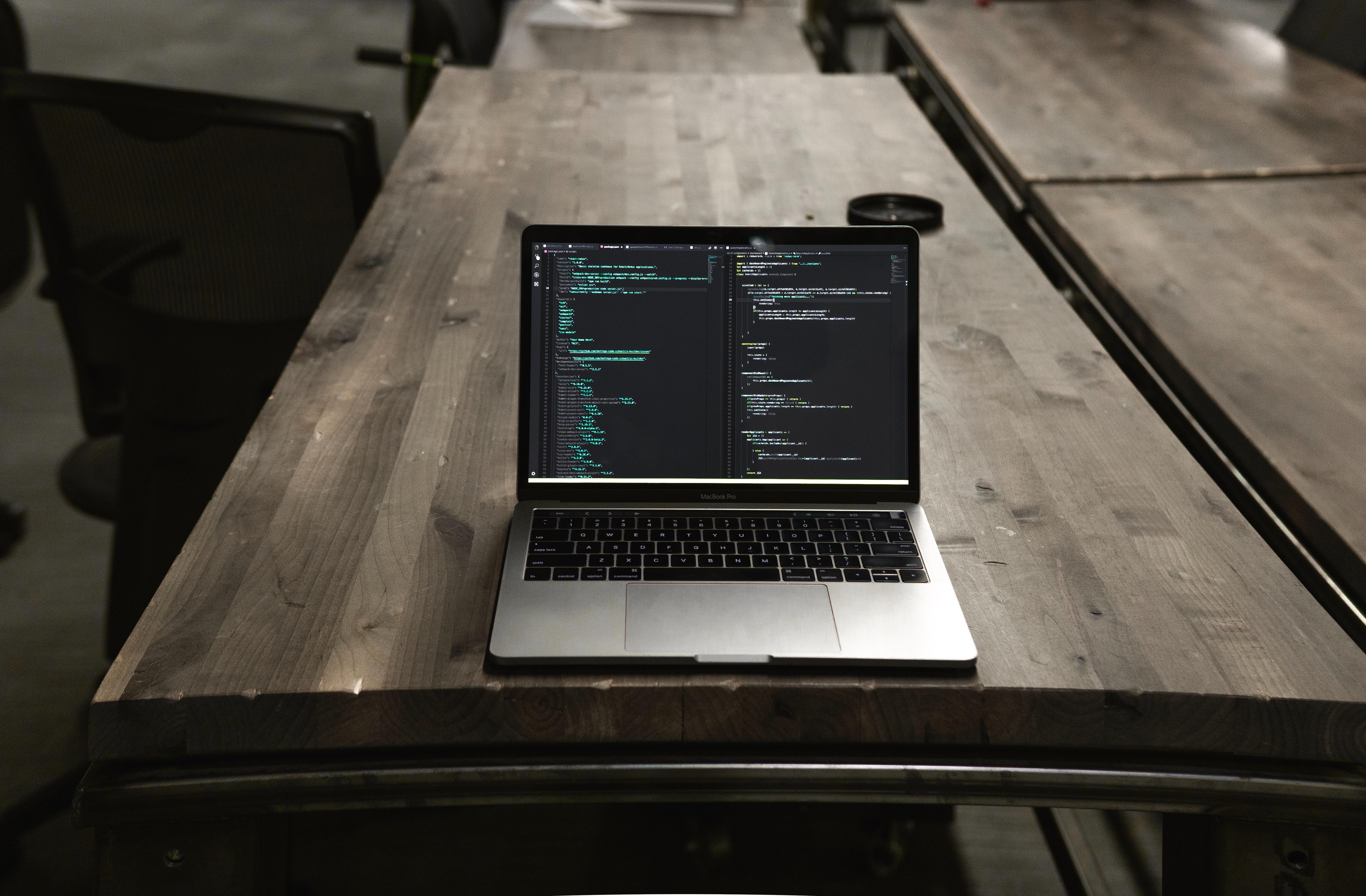 Macbook at Verisys
