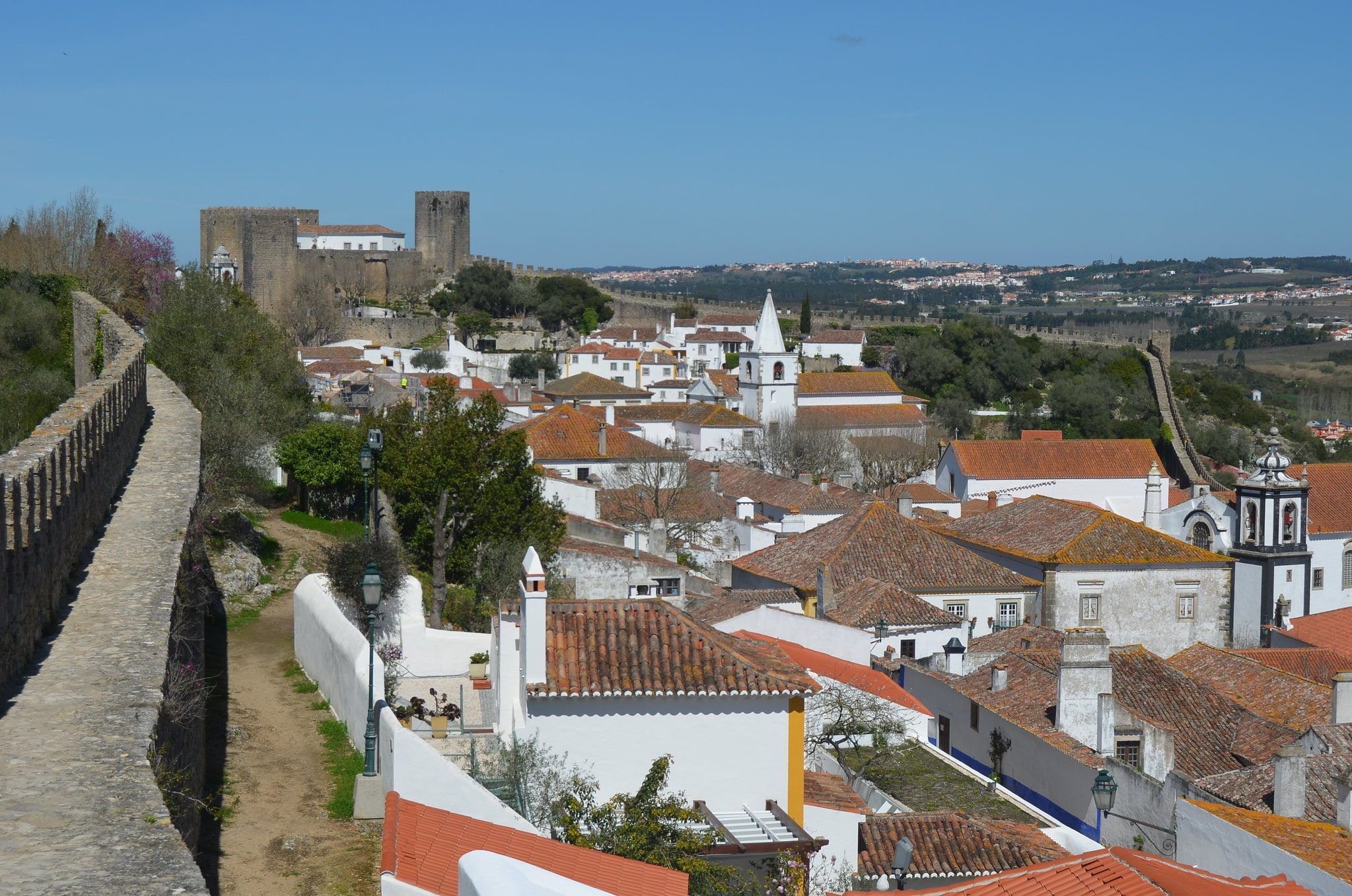 Where to stay in Portugal to explore medieval walls? Óbidos