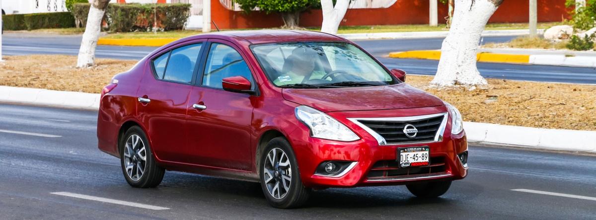 Nissan-Versa-2019
