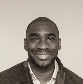 Earthrise-speaker- Claude Kamga