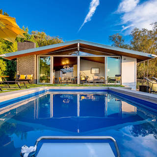 8 Luxury Pools at a Great Value