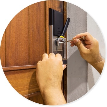 Lock Installations