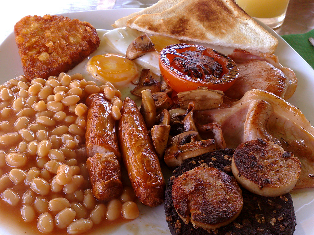 Eating a full Irish breakfast is one of the best things to do in ireland