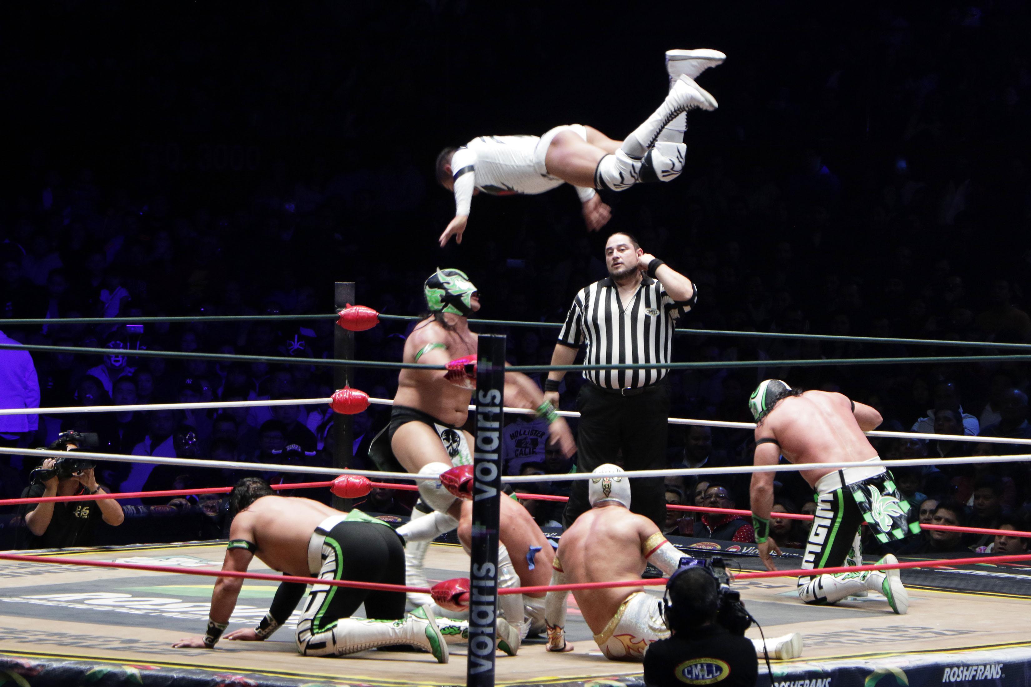 A fun Mexico City tour involves Lucha Libra wrestling matches