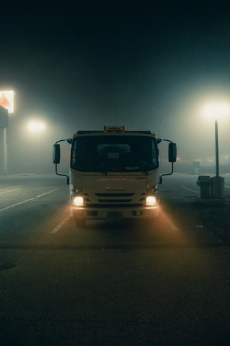 How to Choose the Right LED Lighting for Your Heavy Duty Truck