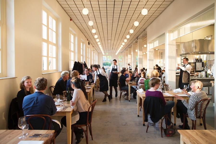 Restaurant Scheepskameel and Formitable