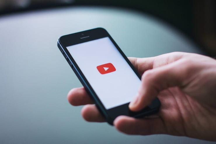 mobile social media platforms