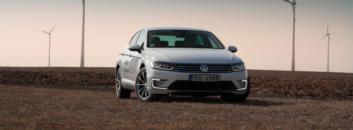 Volkswagen-Passat-2017