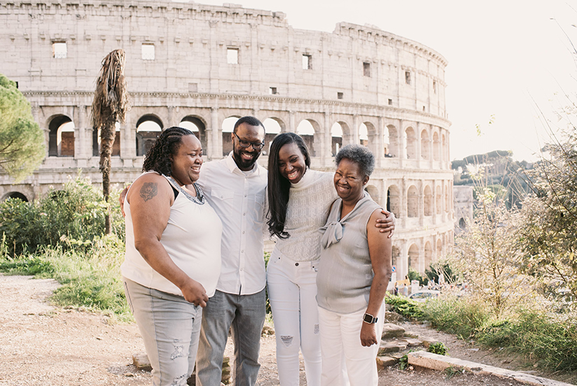 Photo of family in Rome