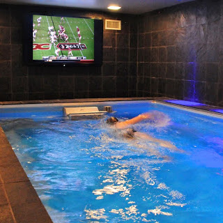 7 Mighty Man Caves for Men who Love Swimming