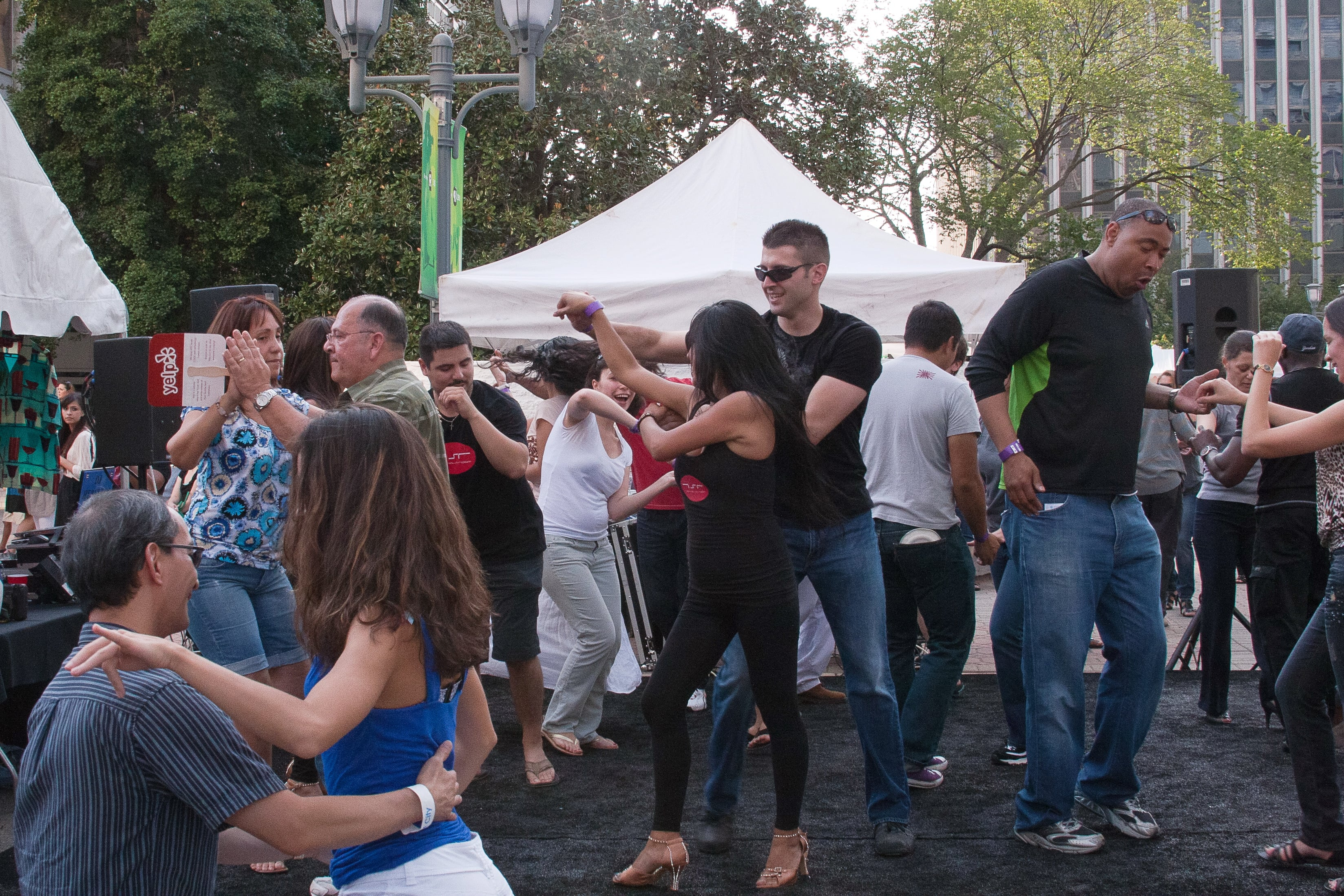 Rumba dances that come from Cuba