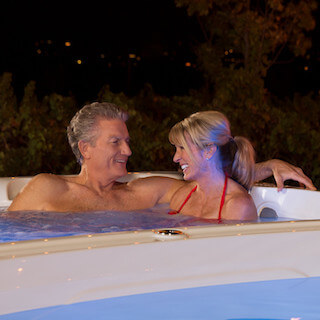 5 Benefits of Night Swimming