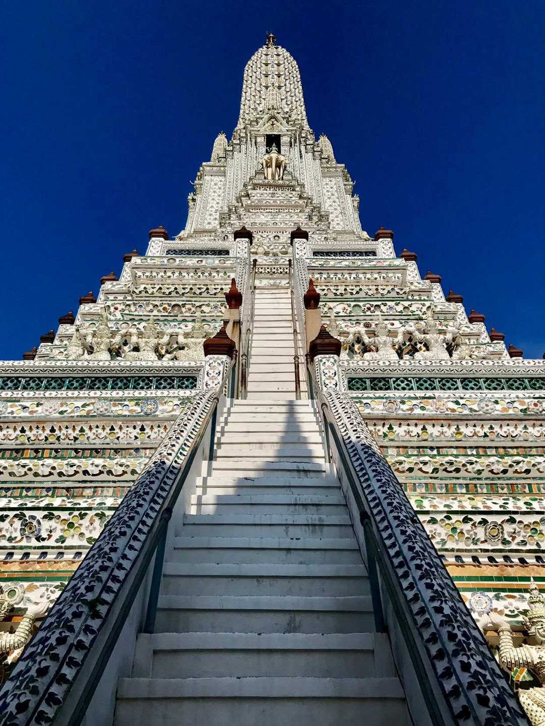 Photo of temple in Bangkok Thailand