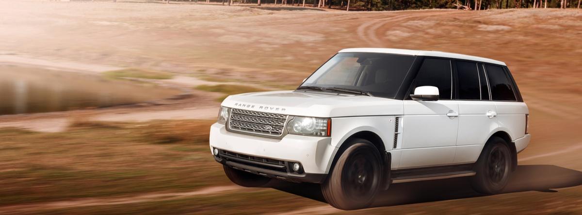 Land-Rover-LR2-2015