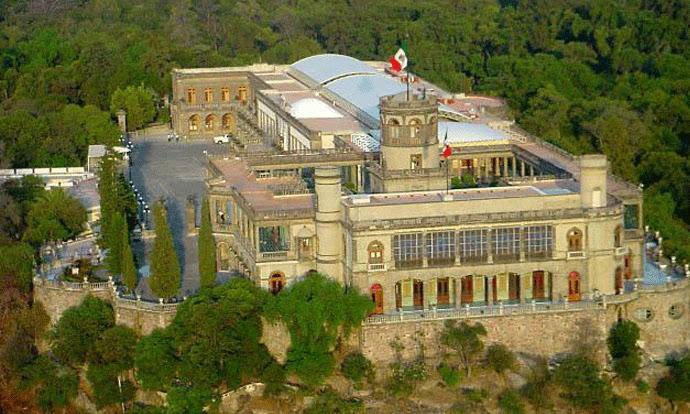 Tucked in a literal castle the Museo Nacional de Historia is one of Mexico City's best museums