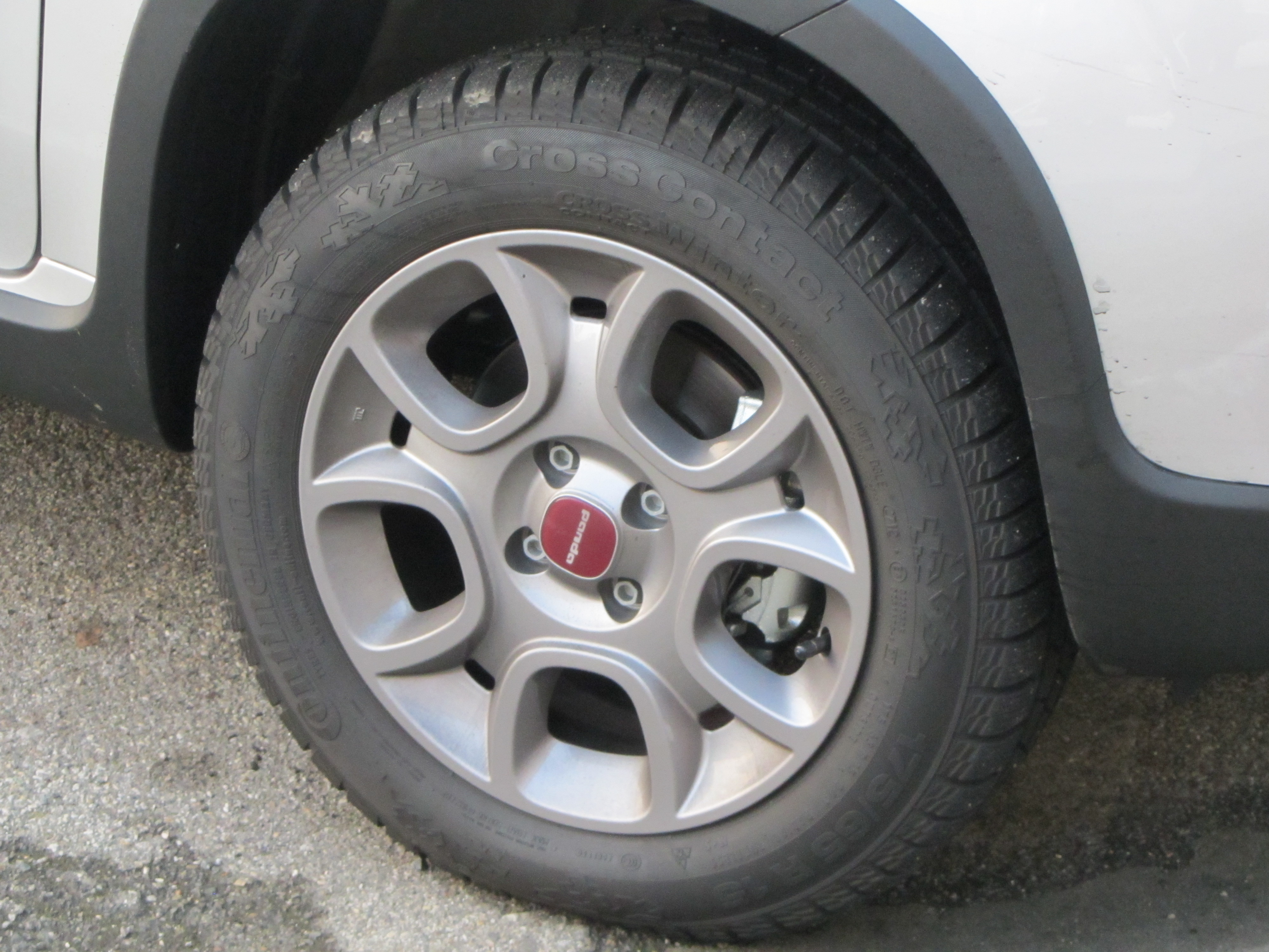 4X4 Tyres logo