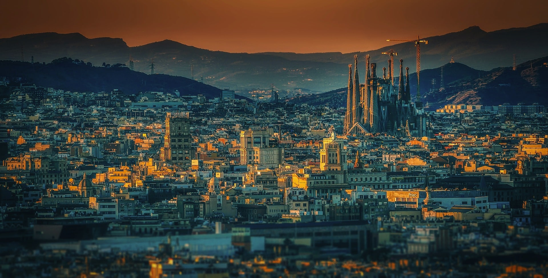 Where to stay in Spain for gorgeous architecture and a vibrant food scene? Barcelona