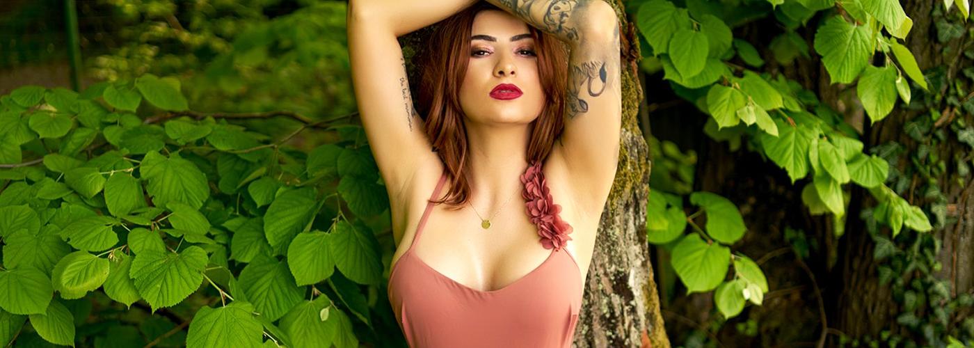 Interview Lovely Camgirl Kitty Lowell Flirt4free