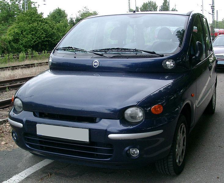 733px-Fiat_Multipla_front_20070605.jpg