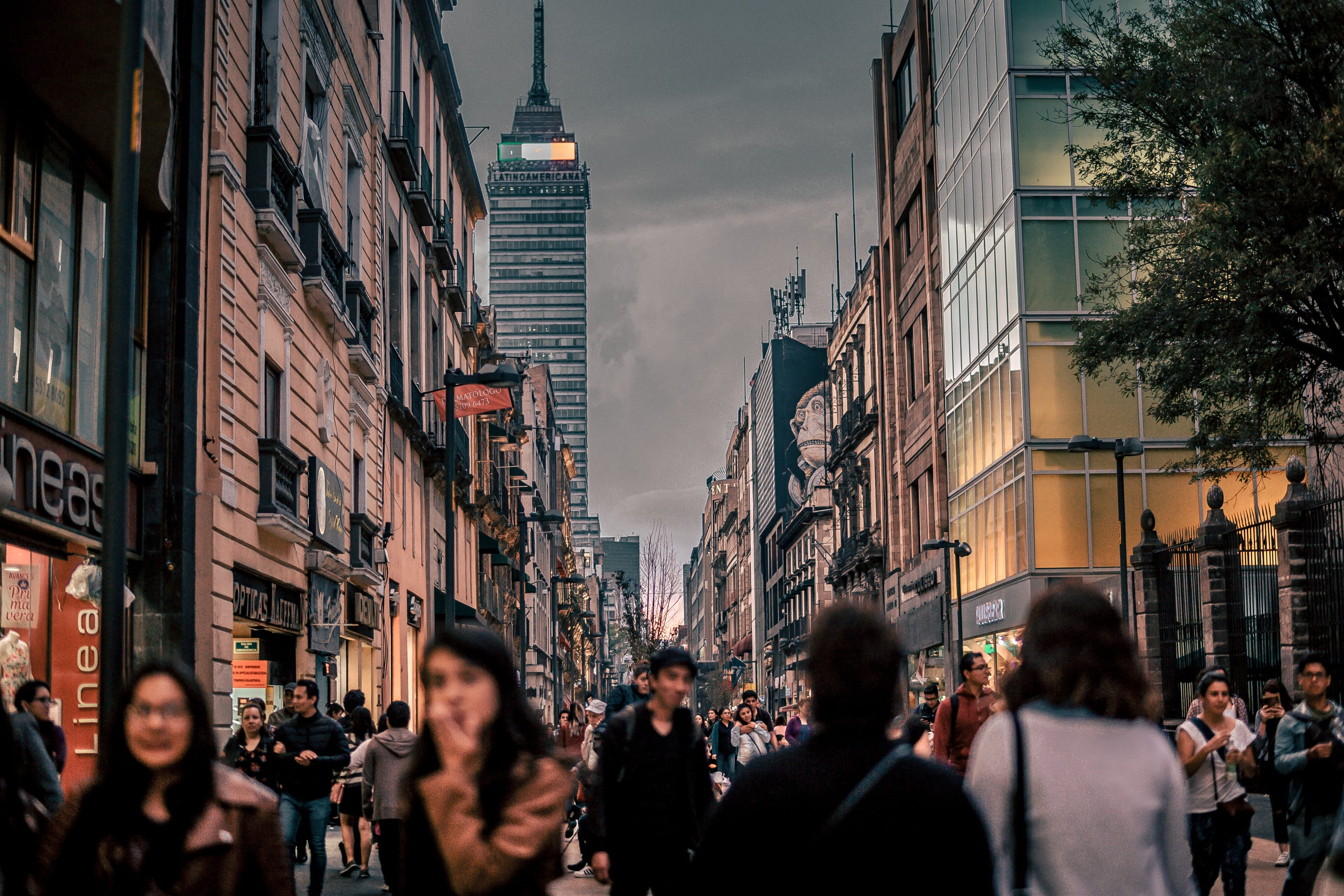 People can walk around safely during Mexico City travel