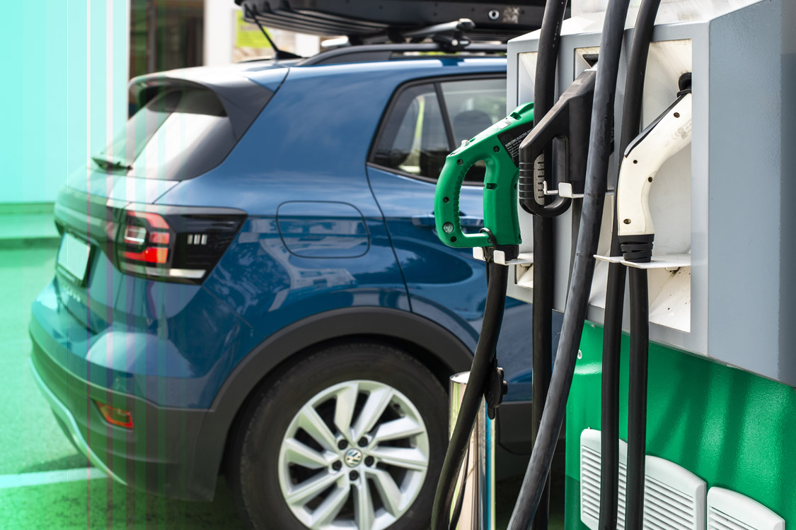 Save Money Thanks to Buying a Fuel Efficient Car