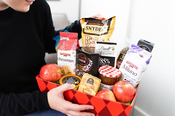 Best College Care Packages for 2021