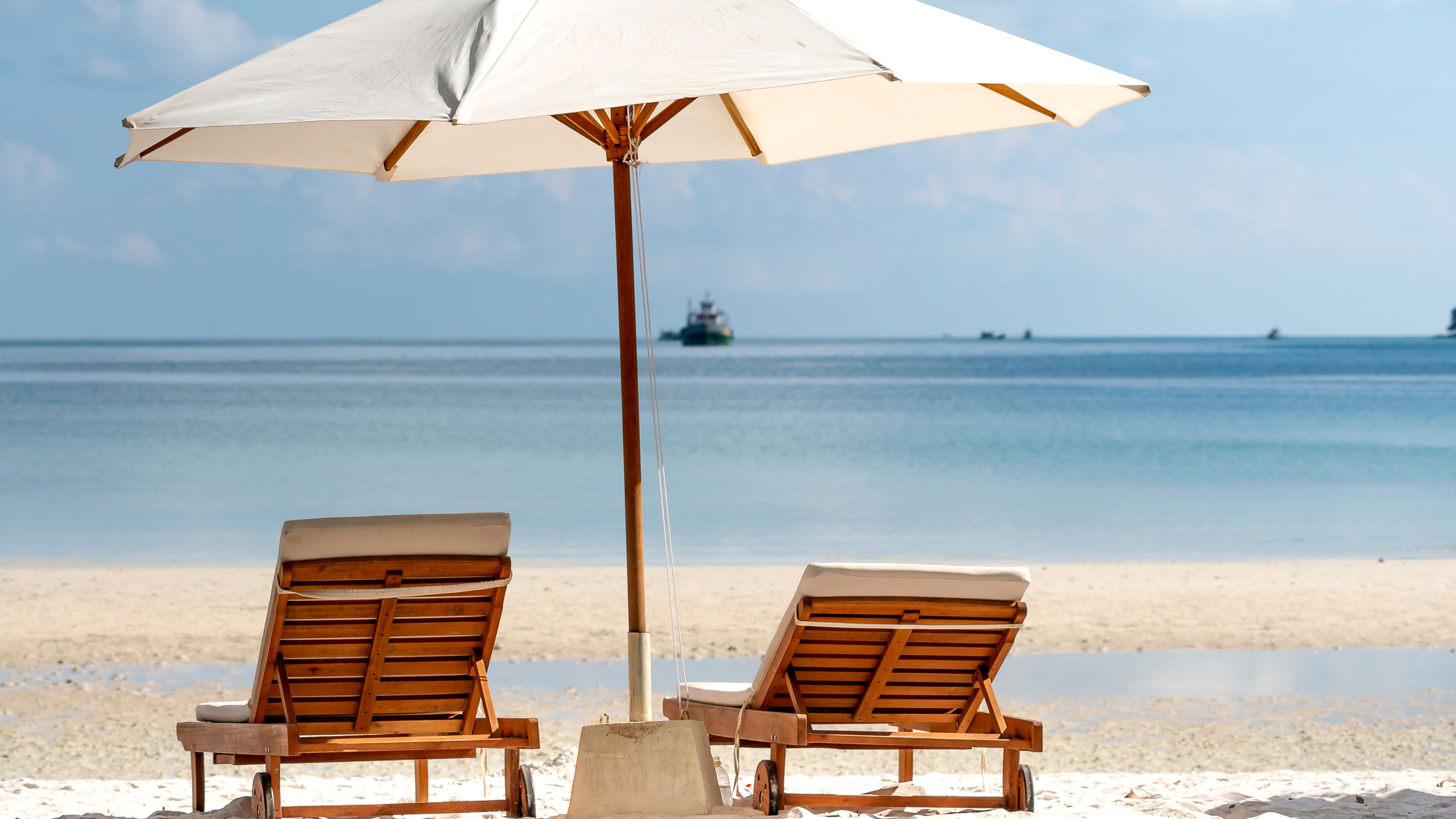 Reasons you should relax during your summer job search