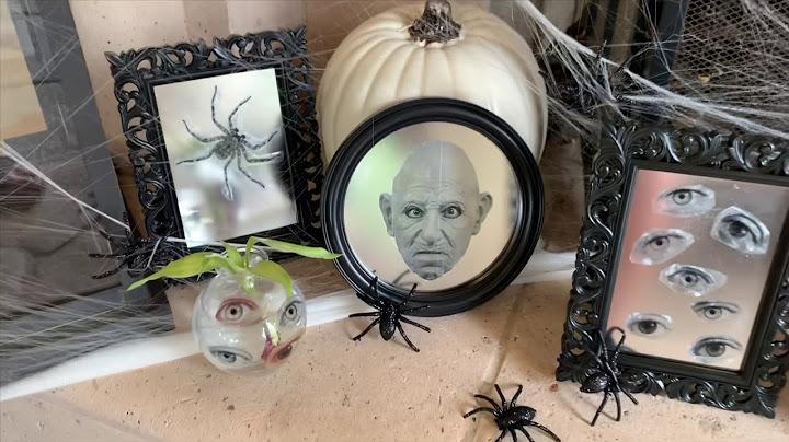 spooky-mirrors.jpg