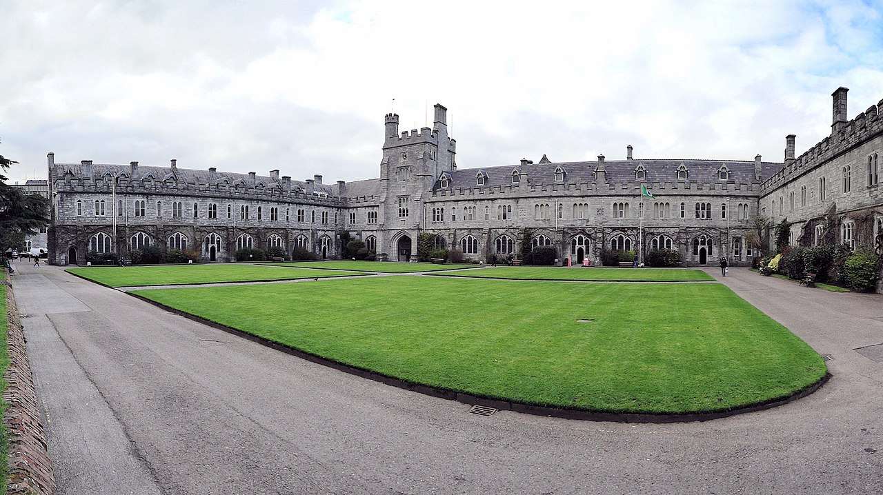 Strolling around University College Cork is an amazing thing to do in Cork Ireland