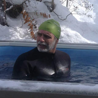 Video: Swimming When It's Snowed!